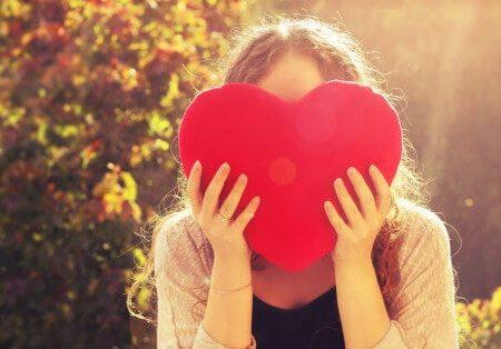 Как да подходим към себе си с любов